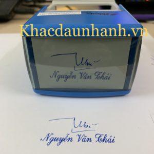 Khắc dấu chữ ký kèm tên – kích thước 60mm x 30mm
